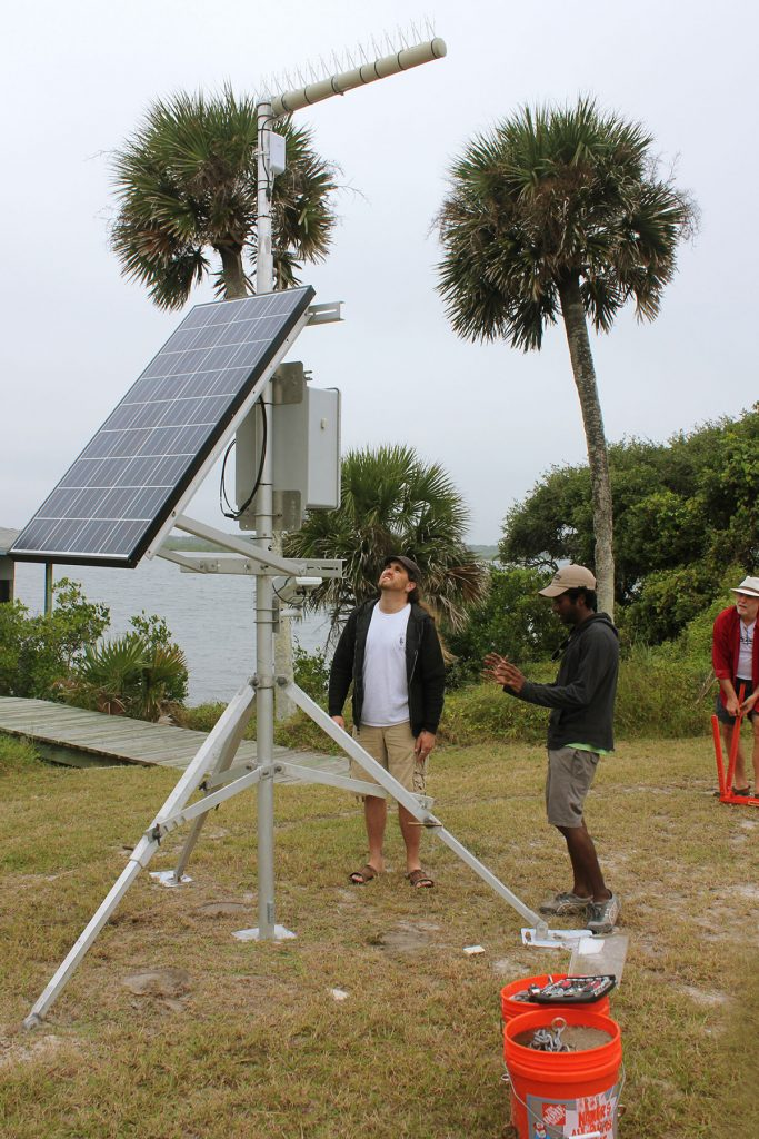 Preparing to move and place the Lagoon rig on the coast (Brian Tortorelli, Rashaad, Phil Peters).